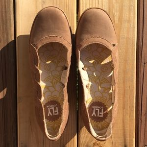 EUC Fly London brown leather cut-out wedge size 39